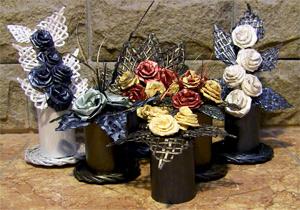 Cester a con peri dicos flores de papel hechas con sus - Cesteria con papel periodico paso a paso ...
